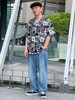 LINKS UMEDA店の中川 数斗さんのEDWINの【EDWIN 60周年限定】 半袖シャツを使ったコーディネート