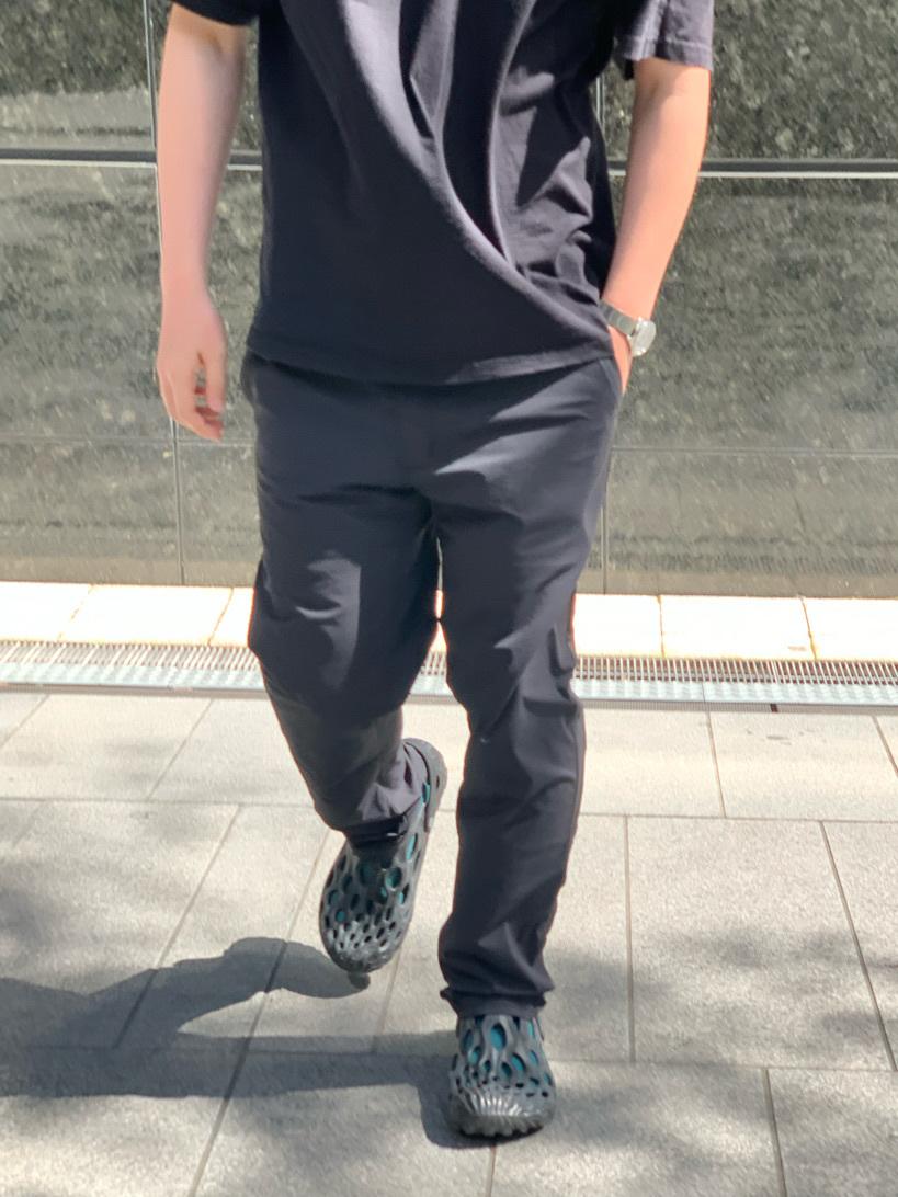 LINKS UMEDA店の中川 数斗さんのEDWINのジャージーズ COOL チノ レギュラーストレートを使ったコーディネート