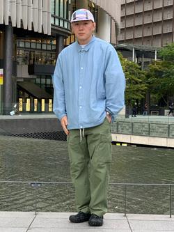 LINKS UMEDA店の中川 数斗さんのALPHAのジャングルカーゴパンツを使ったコーディネート