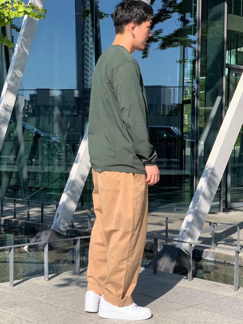LINKS UMEDA店の数斗さんのEDWINのBOXロゴ ロングスリーブTシャツを使ったコーディネート