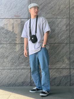 LINKS UMEDA店の中川 数斗さんのEDWINのインターナショナルベーシック 404 ゆったりストレートを使ったコーディネート