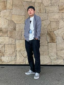 LINKS UMEDA店の数斗さんのEDWINの【限定】ジーパン女子×江口寿史 Tシャツ Cloudy 【ユニセックス】を使ったコーディネート