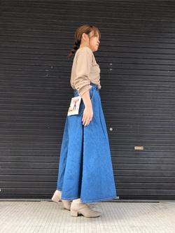 堀江店のチャンハタさんのLeeのマキシスカートを使ったコーディネート