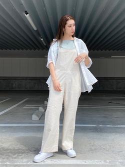 エスパル仙台店のeriさんのLeeのバックオープン 半袖Tシャツを使ったコーディネート