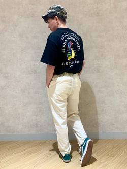 錦糸町PARCO店(閉店)のつなさんのALPHAの【SALE】SOUVENIR プリント半袖Tシャツを使ったコーディネート