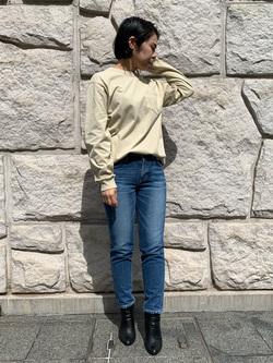 堀江店のRieさんのLeeのワンポイントロゴ刺繍ポケット付きTシャツ/長袖を使ったコーディネート
