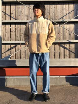 アミュプラザおおいた店のRyutaさんのLeeの【Pre sale】【ユニセックス】フリースジップアップジャケットを使ったコーディネート
