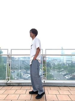 ららぽーと横浜のDaisukeさんのLeeの【ユニセックス】DUNGAREES ペインターパンツを使ったコーディネート