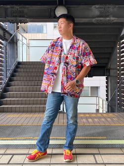 DENIM GALAXY日暮里店のTOMMYさんのEDWINの【EDWIN 60周年限定】 クルーネック 半袖Tシャツ Aを使ったコーディネート