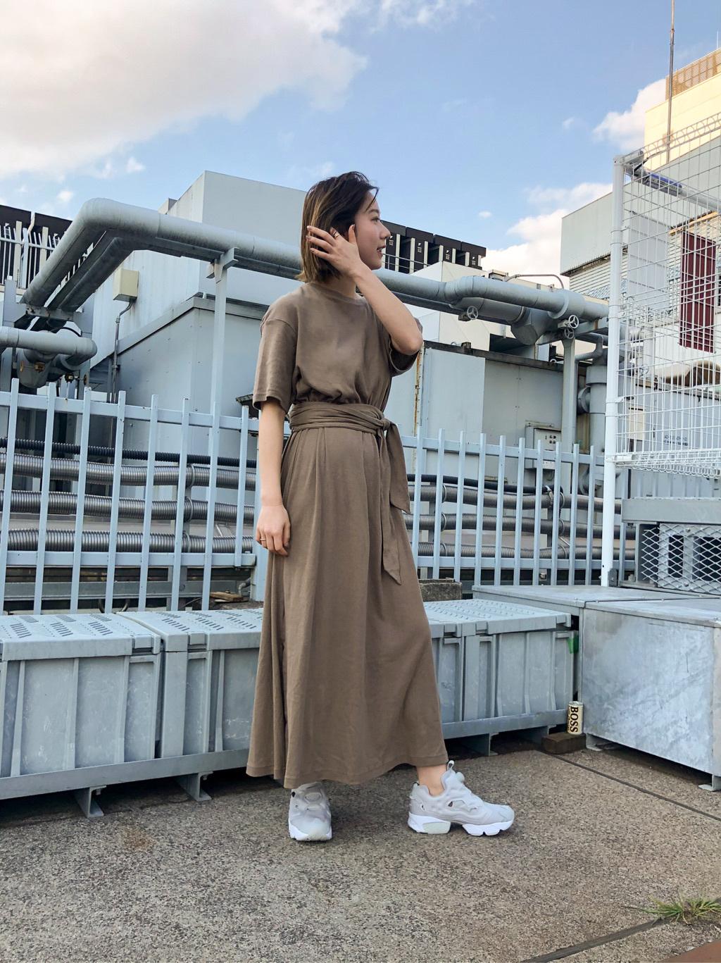 新宿ルミネ2