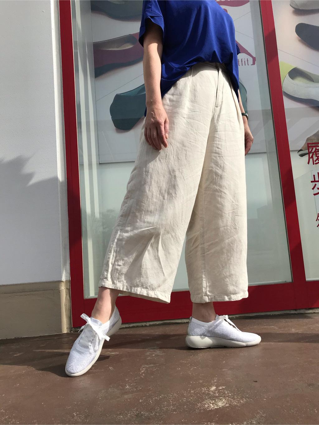小島 千春