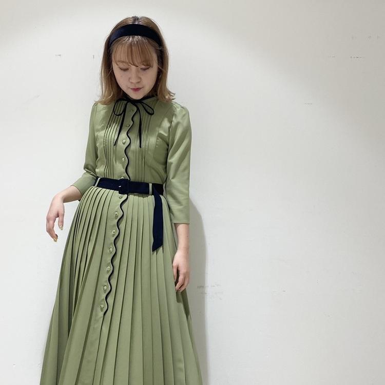 配色ステッチフレアスカート
